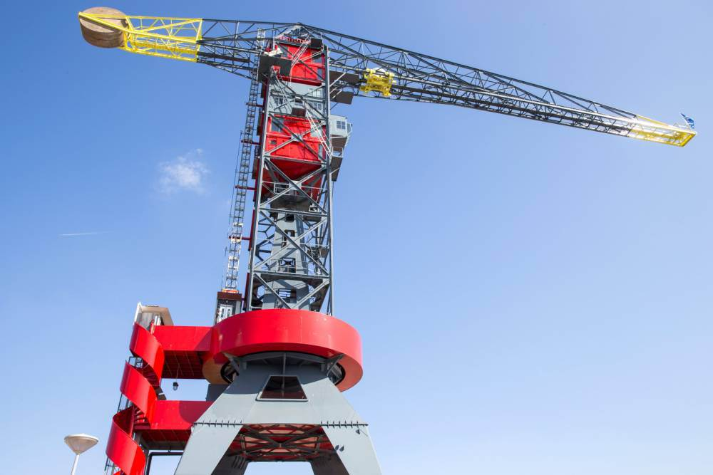 Would you stay in this crane hotel that moves in the wind?